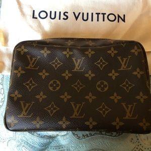 Authentic Louis Vuitton toiletry trousse